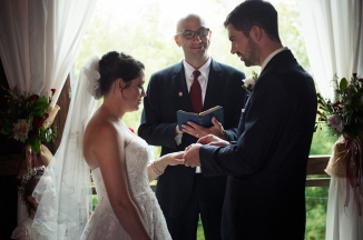 blackboxphotography_gish_barn_wedding_eric_beth_akronweddingphotographer-225